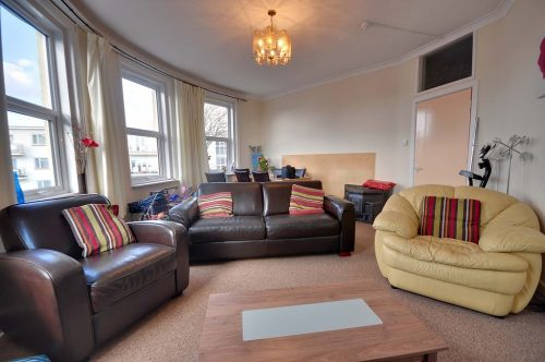Flat 4, (Room 1), 129-131 Belle Vue Road, SOUTHBOURNE, Dorset BH6 3EN